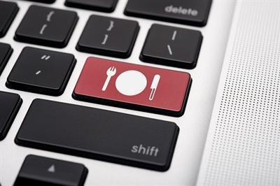 How Technology Is Being Incorporated into the Food-Service Industry